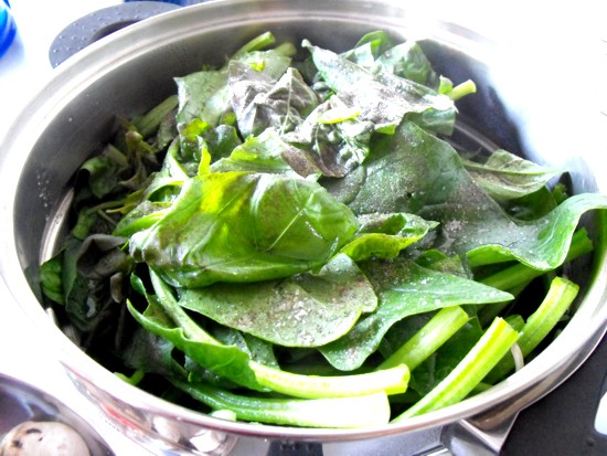 steaming spinach
