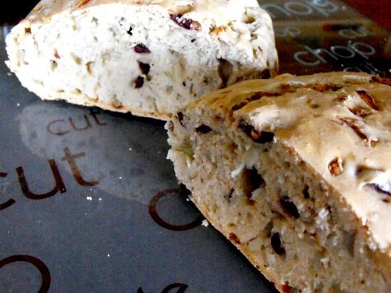 Olive/onion bread
