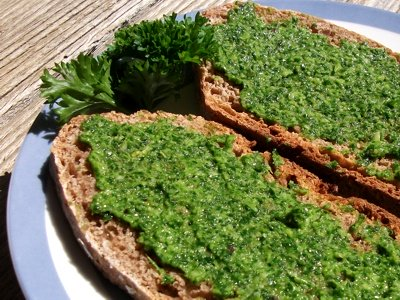 Parsley pesto on bread
